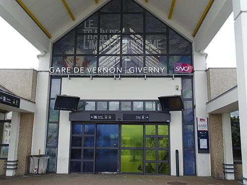 vernon_train_station
